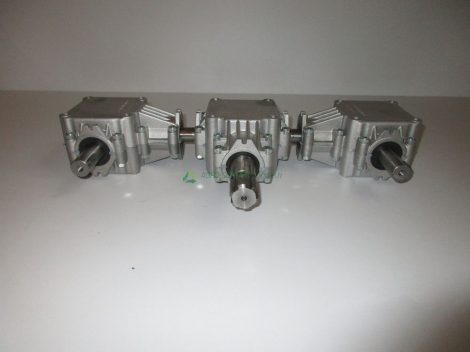 M-5615 kéttárcsás műtrágyaszóró hajtómű komplett Walterscheid